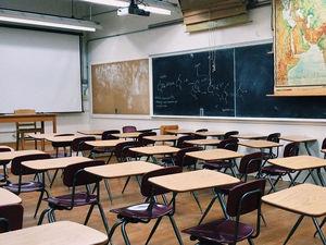В Челябинской области школы могут заработать после майских праздников