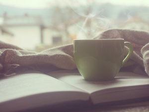 Пьете кофе утром? Начинайте читать про COVID-19. Как сойти с ума еще до конца мая