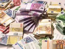 Карты, вклады, акции. Как инвестируют финансисты