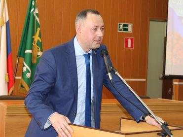 В Екатеринбурге задержали чиновника из администрации губернатора по делу о взятке