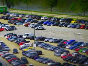 Парковку на 120 машиномест продают в Кировском районе Новосибирска