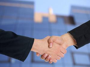 Банк «Левобережный» подписал соглашение с АО «Экспортная страховая компания «KazakhExport»