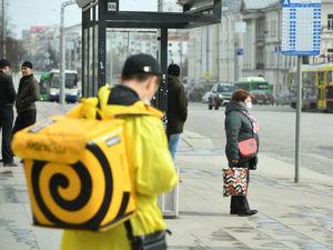 В Екатеринбурге штрафуют службы доставки еды из-за несоблюдения санитарных норм