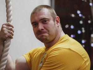 В Челябинске бизнесмен, который пикетировал правительство, начал производить тренажёры