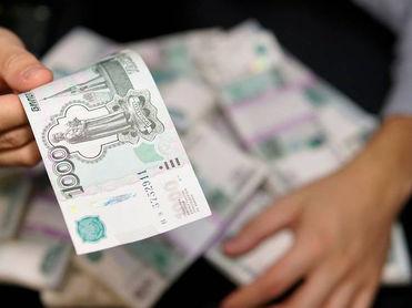 «Уральские авиалинии» получат от федеральных властей деньги на зарплаты и оплату стоянок