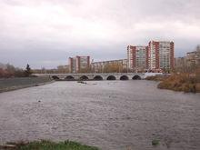 В Челябинске на берегу реки идет подготовка к строительству медцентра