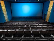 Маски и клининг вместо кино. Сеть кинотеатров перестраивает работу из-за кризиса