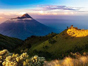 «Больше ста лет не было крупного извержения, риски велики». Супервулканы готовы проснуться