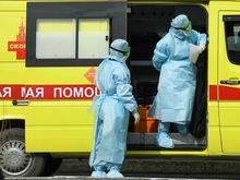 «Вчера бегал, а сегодня лежит на ИВЛ». Как в Екатеринбурге спасают пациентов с COVID-19