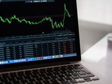 Фондовые активы или банковские депозиты — что интереснее во времена снижения ставок?