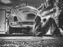 Автослесарь, монтажник и водитель: кому в Красноярске предлагают самые высокие зарплаты