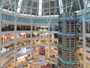 Трафик восстановится не скоро: люди не спешат в торговые центры после открытия