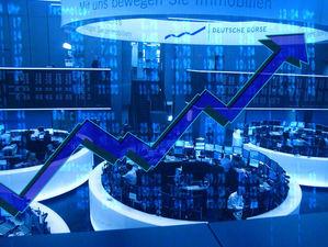 Продать валюту и выкупить просадку: топ-3 брокерских компаний Челябинской области