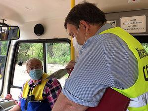 В Красноярске автобусы снимают с маршрутов за нарушение масочного режима