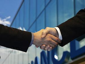 «Проблемы могут быть у всех». Правительству запретят расторгать соглашения с инвесторами
