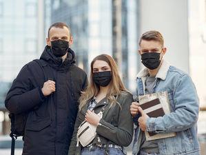 Число новых случаев коронавируса в России падает седьмой день подряд