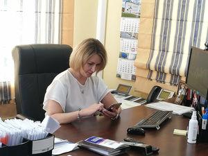 Председатель облизбиркома приняла участие в голосовании о внесении поправок в Конституцию