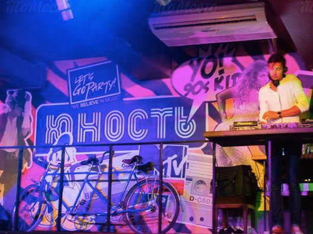 Только для взрослых: место «Юности» займет стриптиз-клуб