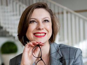 «Индекс помады» как мерило экономического кризиса – Мария Никитенко, бьюти-стилист