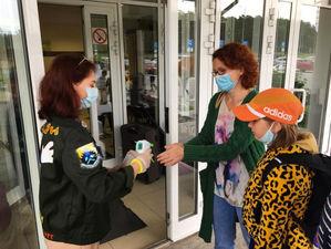 Плюс 270 случаев, вспышка в детском лагере, плазма от медиков. Все о COVID-19 на 6 июля