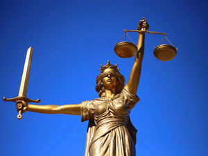 Долги под вопросом. Суд «заморозил» претензии налоговой к нижегородской мебельной фабрике
