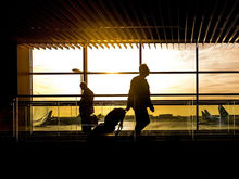 В аэропорту Толмачево изменили схему движения транспорта
