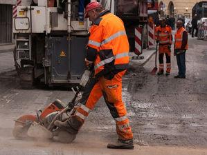 Ремонт дороги на Титова в Новосибирске могут закончить раньше срока