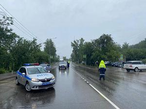 На Дивногорской трассе сошел оползень