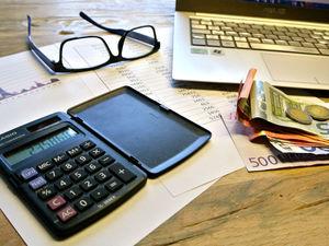 Бизнесу дали отсрочку по налогам на 150 млрд руб. Крупным компаниям ее почти не досталось