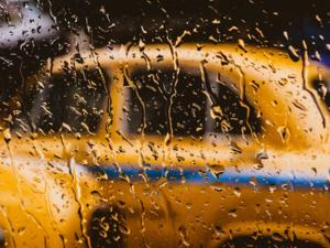 Пандемия подняла рынок такси, великов и самокатов в Новосибирске