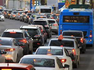 2ГИС составил топ-10 мест Новосибирска по интенсивности транспортного потока