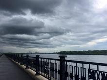 Красноярск предупреждают о грозе и штормовом ветре