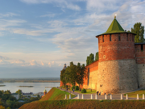 Зарина Догузова и Глеб Никитин обсудили развитие туристической отрасли региона