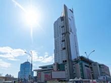 Мэрия Екатеринбурга снесет скандальный недострой. И устроит зачистку города от ларьков