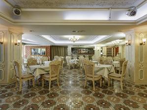 Новосибирский ресторан в викторианском стиле продают за 43 миллиона