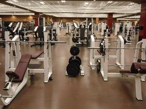 «Восстановление займет годы». Бизнес просит снять запрет на работу фитнес-клубов
