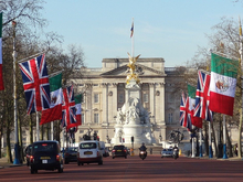 Ее Величество одобрила. Бизнесмен из РФ станет пэром и войдет в британскую палату лордов