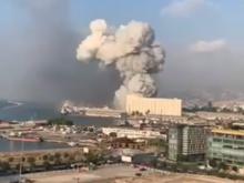 Ливан в зоне бедствия: сравнимый с Хиросимой взрыв разрушил порт, погибли десятки человек