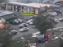 В Красноярске мигранты устроили массовую драку со стрельбой возле рынка «Южный-2»