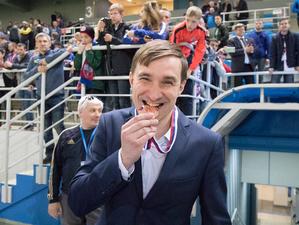 Бывший спортивный директор футбольного «Енисея» Денис Петровский займется «Формулой-1»