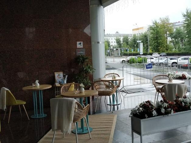 Ресторанам и кафе разрешили открыться несмотря на запрет Роспотребнадзора