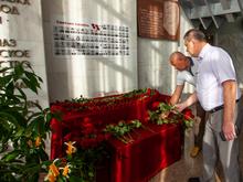 На Саяно-Шушенской ГЭС почтили память погибших в катастрофе 75 сотрудников