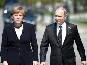 Путин и Меркель обсудили политический кризис в Беларуси. Расставив разные акценты