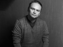 «Достаточно посмотреть на путь Путина, чтобы понять, почему власть недооценила Навального»