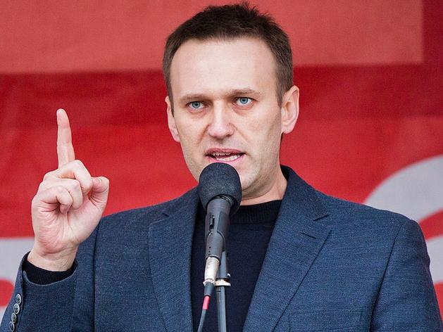 «Он осознает свое состояние». Навальный собирается вернуться в Россию после выздоровления