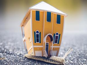 Сбербанк увидел перегрев на рынке жилья: дешевая ипотека разогнала цены на квартиры