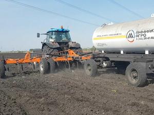 В Свердловской области протестируют инновационный способ внесения аммиака в почву