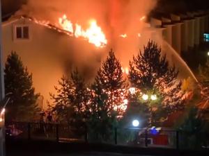Пожар в Удачном: выгорели три таун-хауса