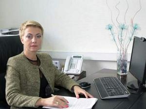Попавшуюся на коррупции чиновницу мэрии выпустили из СИЗО и отстранили от должности