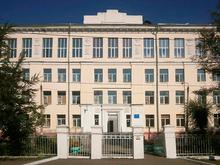 Прошли обыски в школе № 5 Красноярска